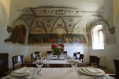 dining-table-at-monastery-italy - San Girolamo, YogaMea