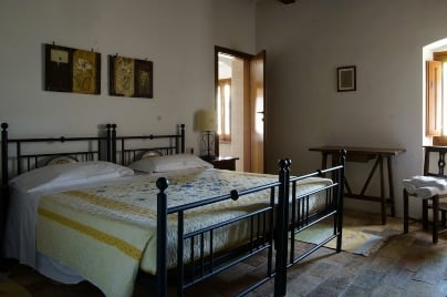 monastery-double-supertior-room-accommodation - San Girolamo, YogaMea