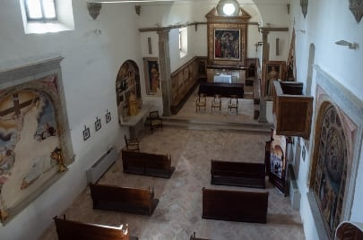 monastery-prayer-hall - San Girolamo, YogaMea